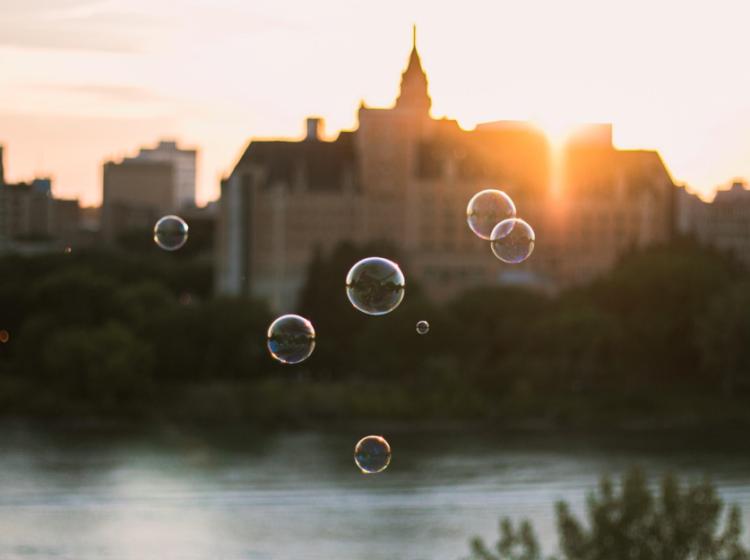 Neuilléens : vivons-nous dans une bulle ?